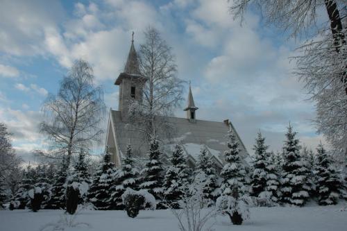 Kościół i okolice - zima 2015